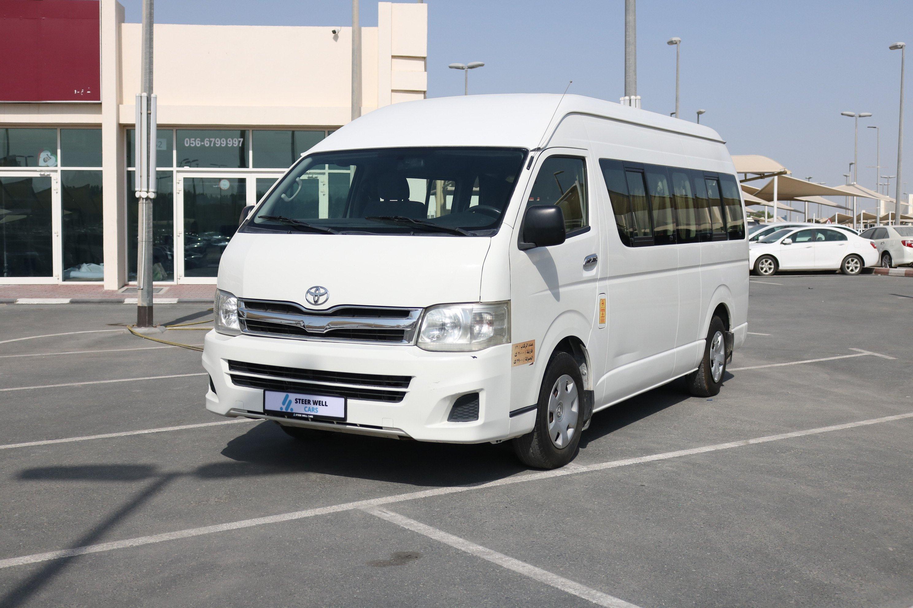 Toyota Hiace Hi Roof Passenger Bus