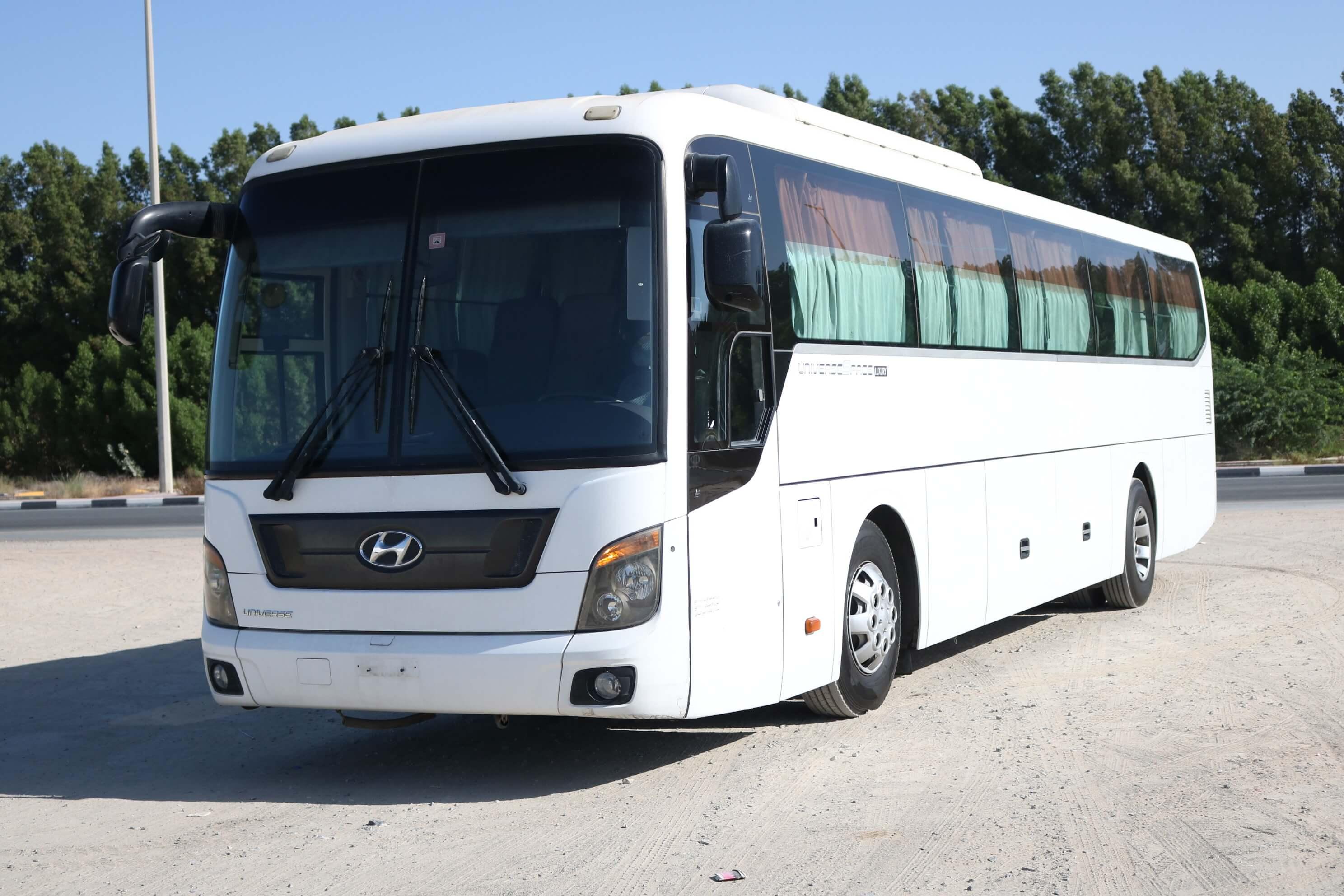 HYUNDAI UNIVERSE LUXURY BUS