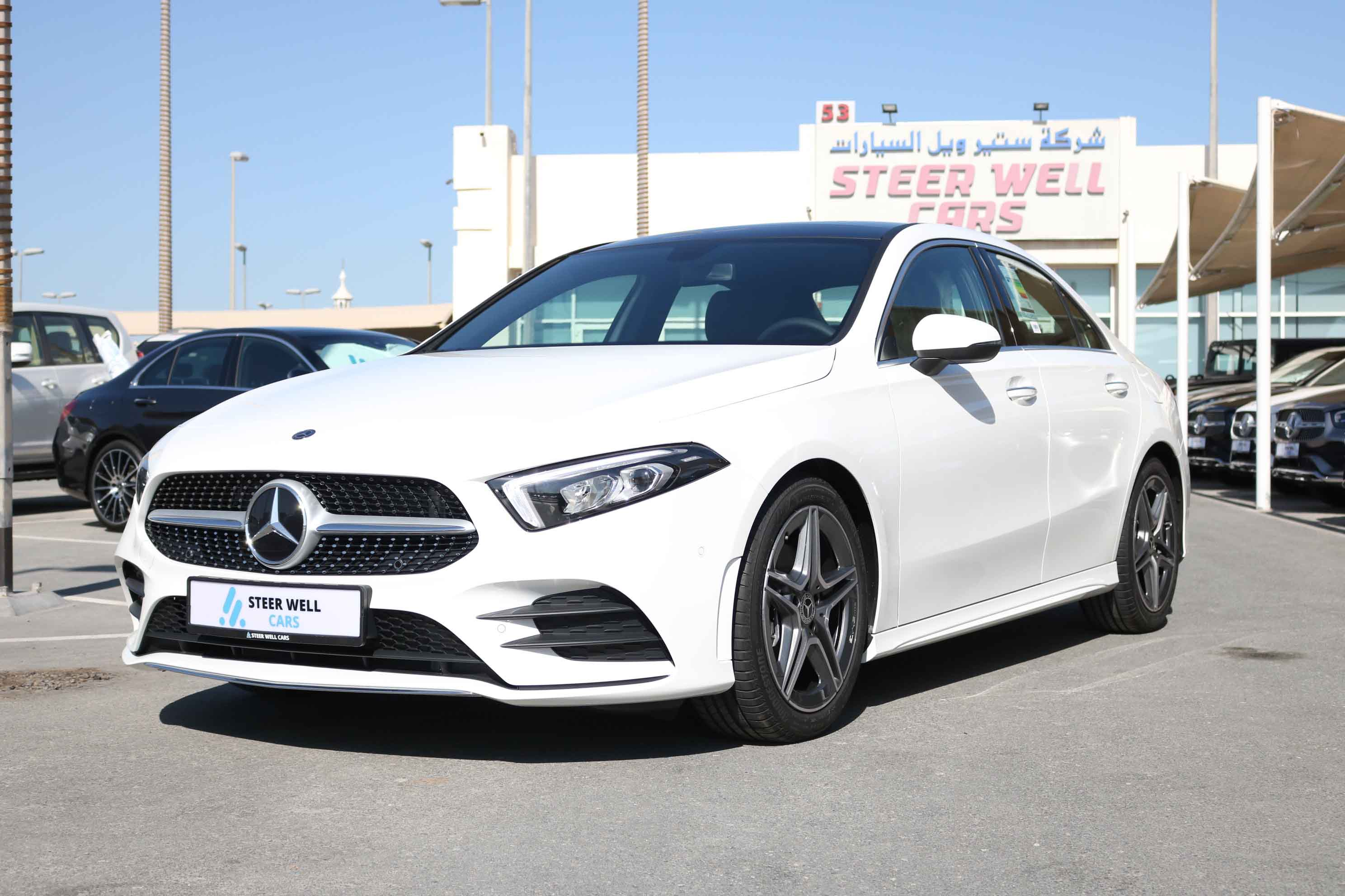 MERCEDES-BENZ AMG A200 LUXURY SEDAN